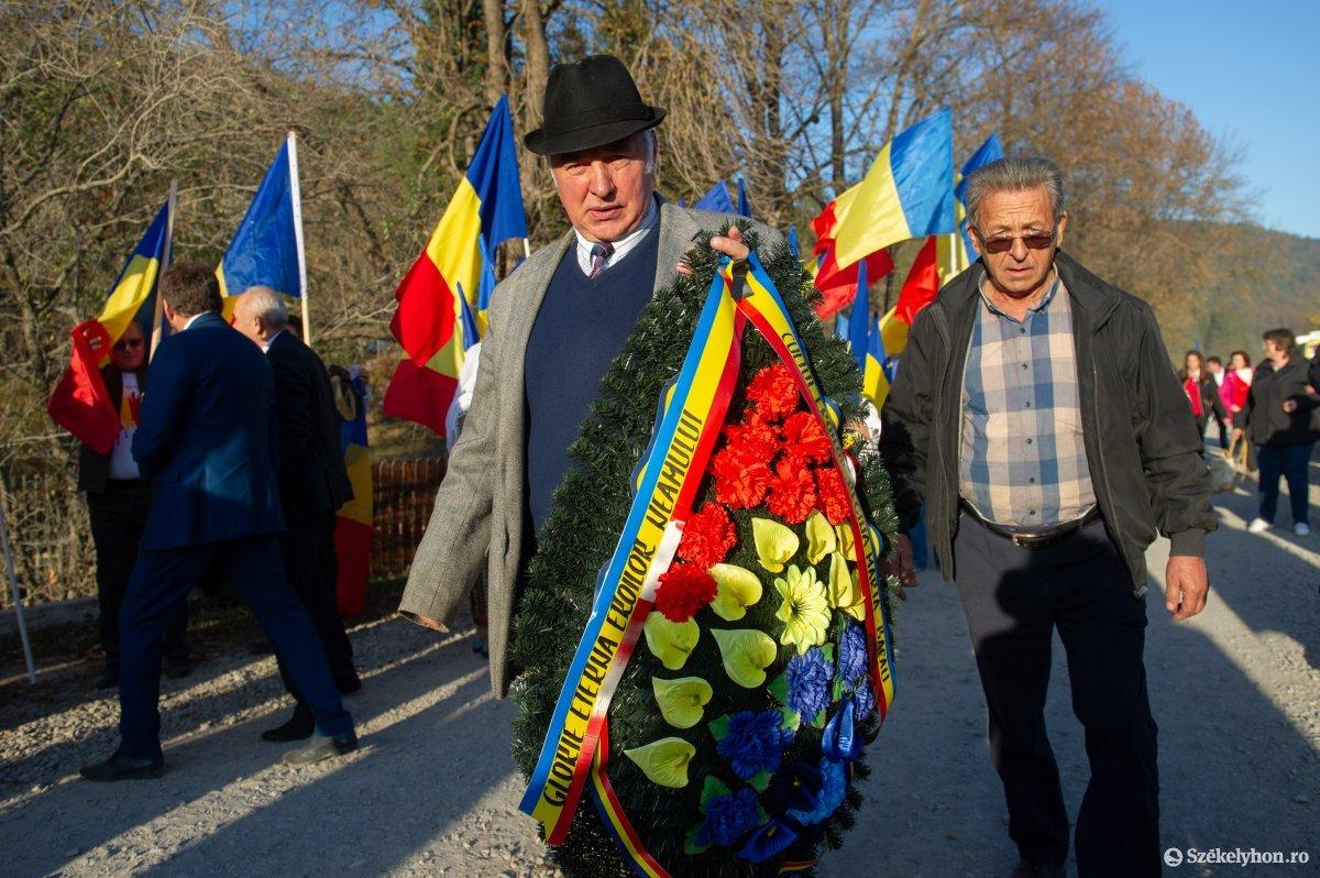 https://media.szekelyhon.ro/pictures/csik/uzvolgye/o_uzvolgy_romanok_belo-3.jpg