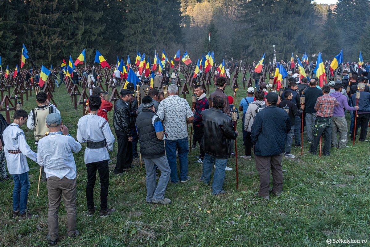 https://media.szekelyhon.ro/pictures/csik/uzvolgye/o_uzvolgyi-romanhadseregnapja-pnt-17.jpg