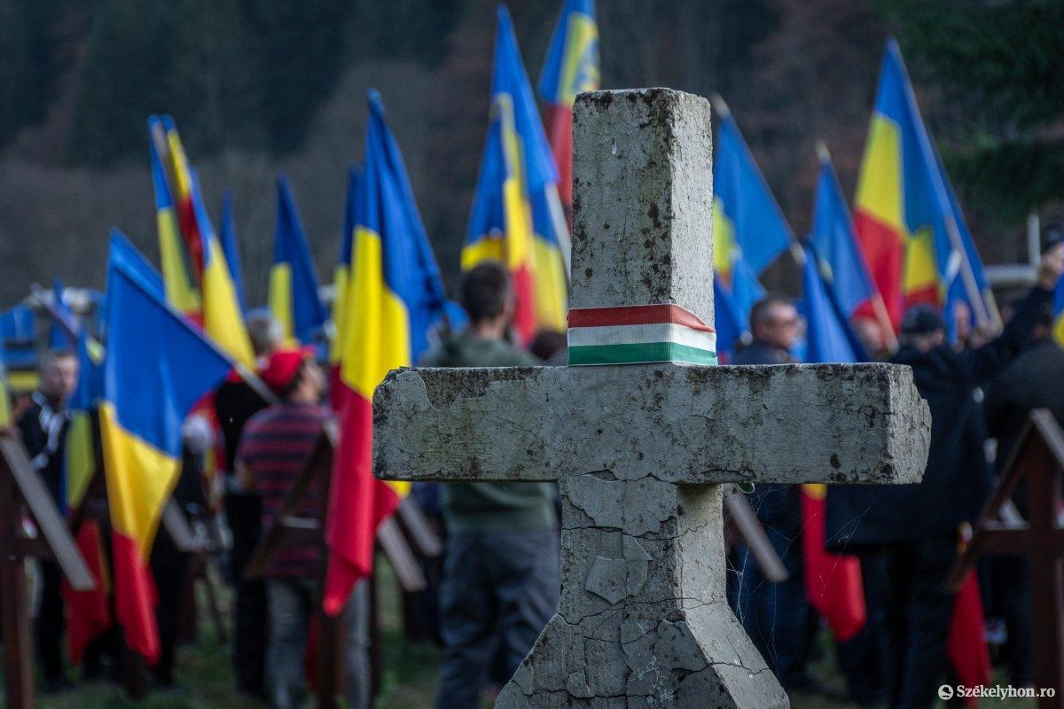 https://media.szekelyhon.ro/pictures/csik/uzvolgye/o_uzvolgyi-romanhadseregnapja-pnt-19.jpg