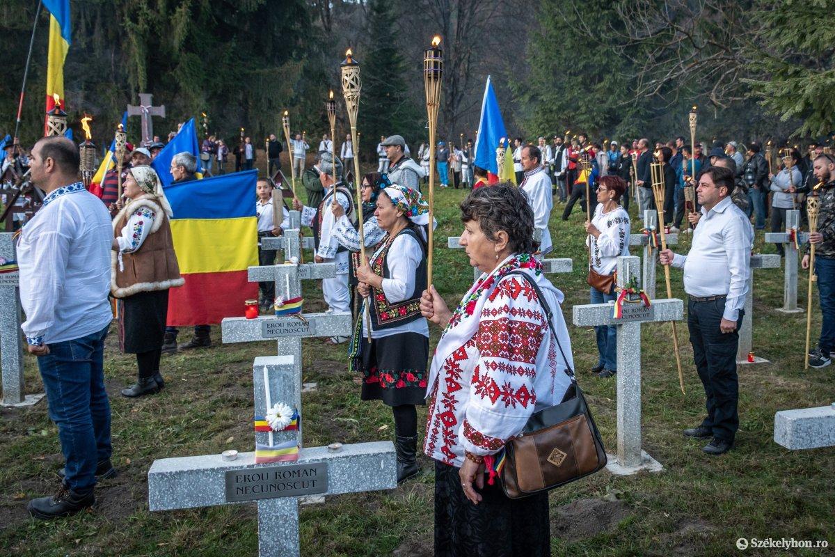 https://media.szekelyhon.ro/pictures/csik/uzvolgye/o_uzvolgyi-romanhadseregnapja-pnt-26.jpg