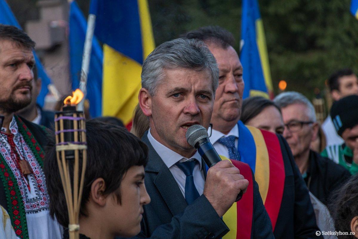 https://media.szekelyhon.ro/pictures/csik/uzvolgye/o_uzvolgyi-romanhadseregnapja-pnt-27.jpg