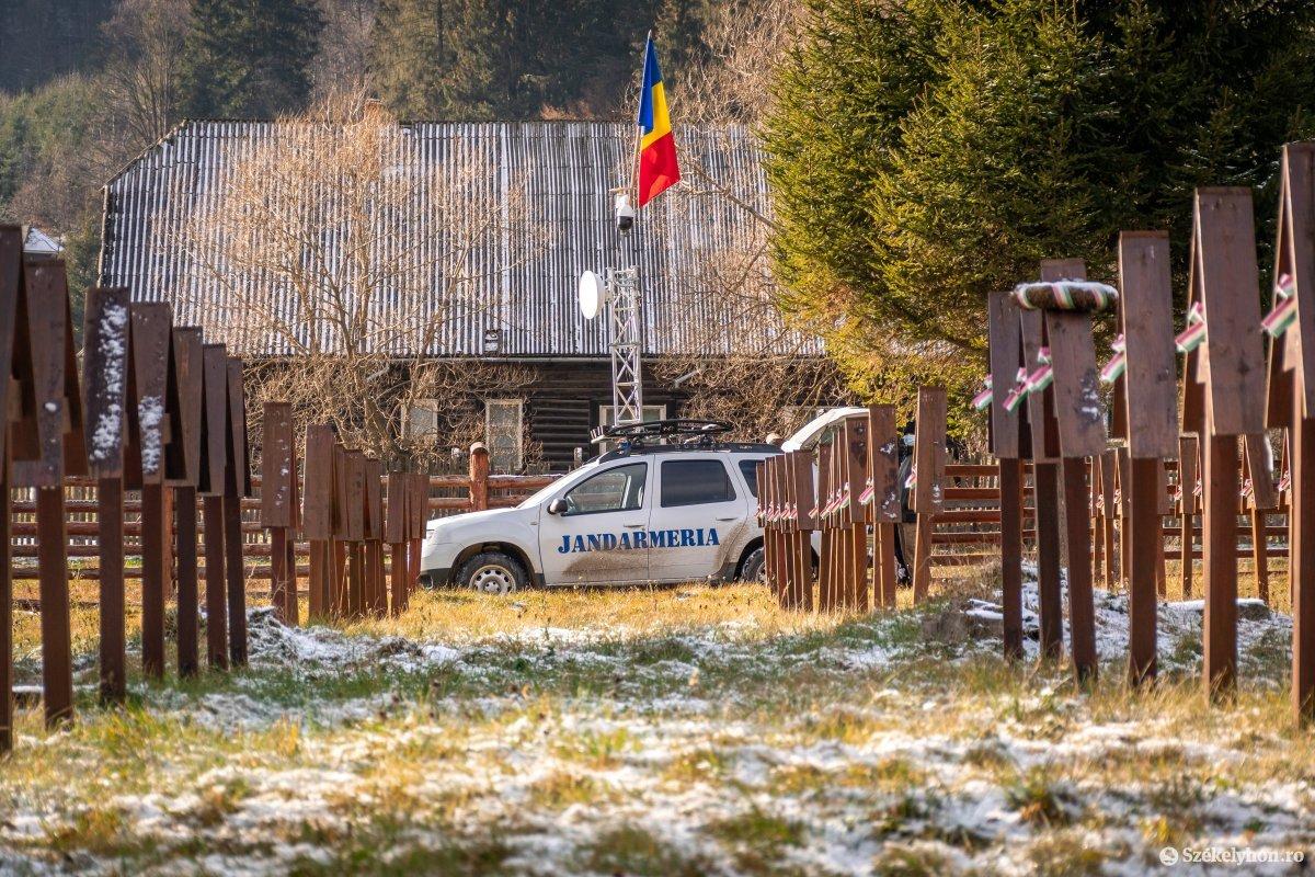 https://media.szekelyhon.ro/pictures/csik/uzvolgye/o_uzvolgyi-romanunnepseg-dec1-pnt-2.jpg