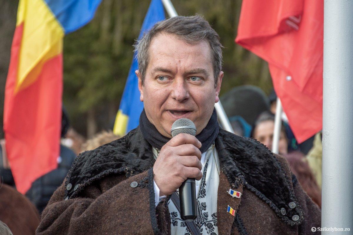 https://media.szekelyhon.ro/pictures/csik/uzvolgye/o_uzvolgyi-romanunnepseg-dec1-pnt-34.jpg