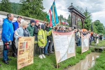 Háromezer lejes bírság Grüman Róbertnek az úzvölgyi gyülekezés miatt