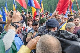 Szijjártó: a magyarellenes erőszak valódi felelőseit kell megbüntetni
