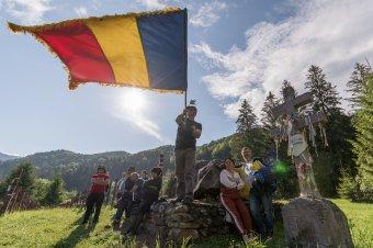 Idén sem hagyták ki az ünneplést az úzvölgyi katonatemetőben a nacionalista románok