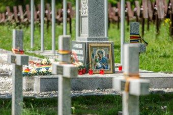 Pattanásig feszült a helyzet az úzvölgyi haditemető ügyében – élőlánccal akadályoznák meg az avatást