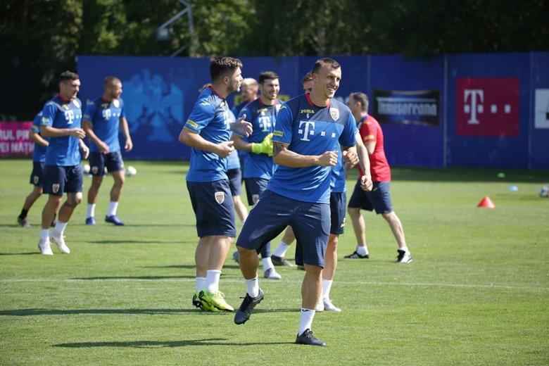 Románia Eb-selejtezőt, Magyarország barátságos mérkőzést játszik