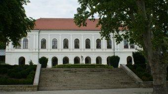 Balatonfüred, a Magyar Királyság dísze –  az Anna-báljáról híres település gazdag történelmi örökségével várja látogatóit