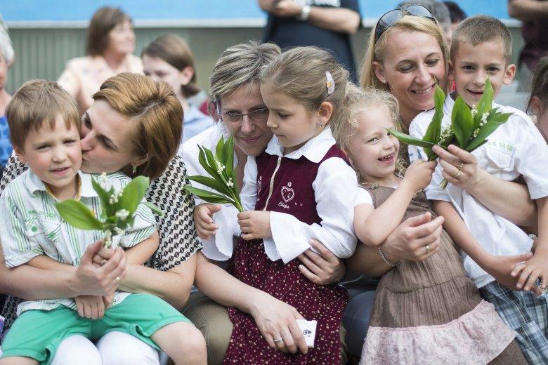 Anyák napja Erdélyben – édesanyák vallomásai a legszebbnek tartott női hivatásról
