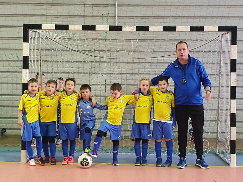 Kolozsvári focisuli: lányokat is várnak a csapatba