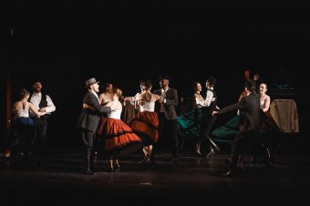 A Nagyvárad Táncegyüttes a hagyományos és modern táncszínházat ötvözi