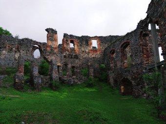 Solymos, a lepusztult királyi vár