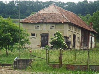 Megmentésre vár Erdély régi és új tanyavilága