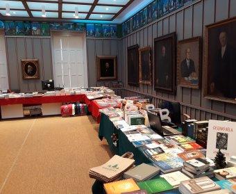 Adventi könyvvásár: a könyvet ki kell vinni az olvasó elé