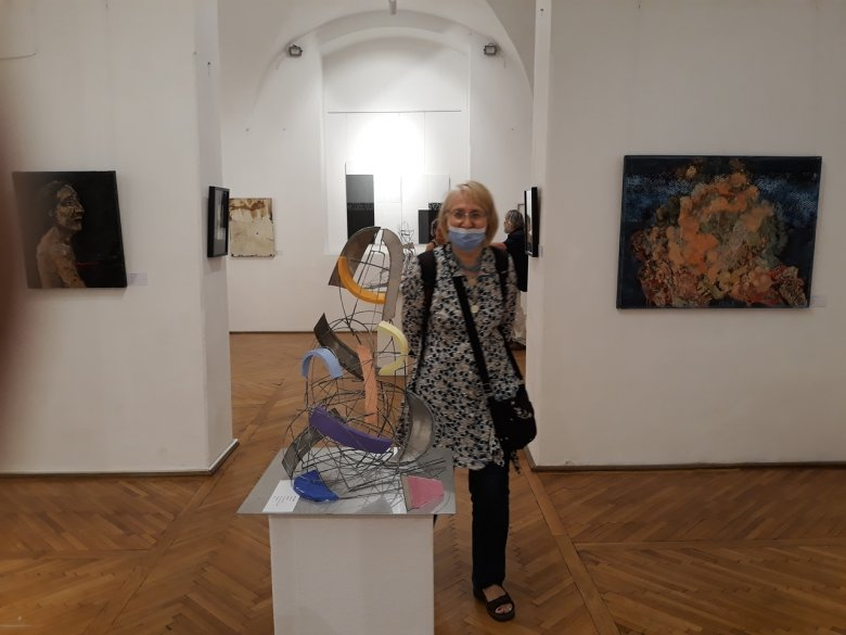 Anyag és szellem egy fedél alatt – a Matéria Művészeti Társaság kiállítása Kolozsváron