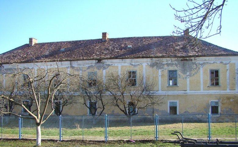 Mezőörményes barokk kastélya