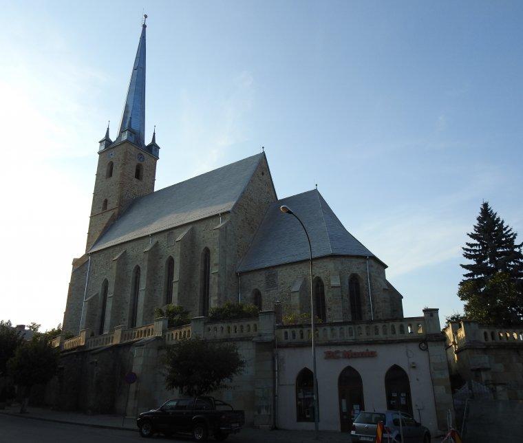 Háromezer templom