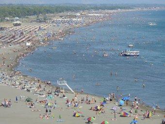 Csillagászati árak, silány szolgáltatások jellemzik a román tengerpartot a fogyasztóvédelem vezetője szerint