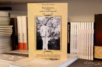 """Könyv a székelykeresztúri """"Rózsa Sándorról"""" – a Béni Józsefként született Tuti őstehetség volt, akit elfelejtettek felkarolni"""