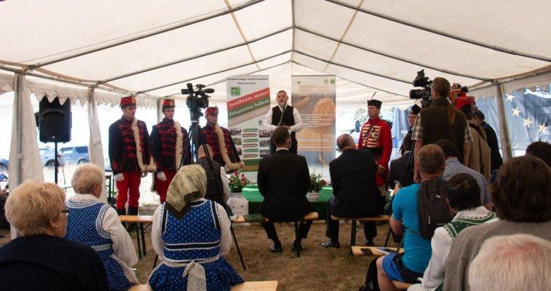 A gazdák szervezetlensége a fő gond: a szövetkezés fontosságát hangsúlyozzák a Pro Agricultura Transilvaniae díj kitüntetettjei