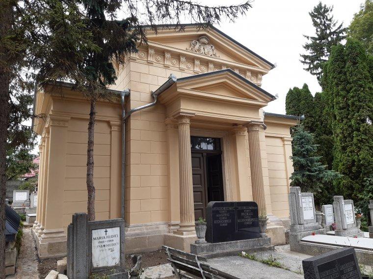 Építkezés és rombolás a kolozsvári Házsongárdban – magyar állami támogatásból újult meg a bethleni Bethlen-kripta