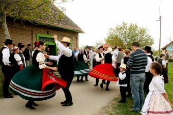 Húsvéti szokások Baranyában: zengői és bólyi hagyományok