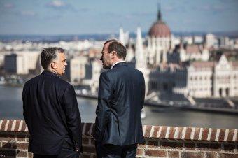 Weber a Fidesz-kilépésről: a jobboldali populisták le akarják választani a jobboldalt a politikai középről