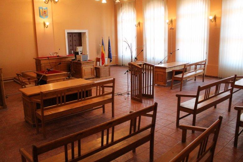 Elrendelte az ítélőtábla az augusztus 10-i tüntetésben érintett volt csendőrségi vezetők elleni nyomozás újraindítását