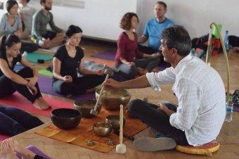 Holisztikus kezelés tibeti tálakkal