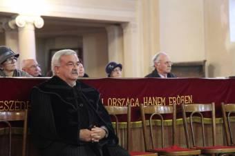 Hatvanezer magyart keresnek Erdélyben