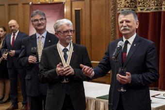Életműdíjat kapott Tiffán Ede villányi borász