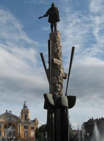 Boc: amíg én vagyok a polgármester, senki nem nyúl az Avram Iancu-szoborhoz!