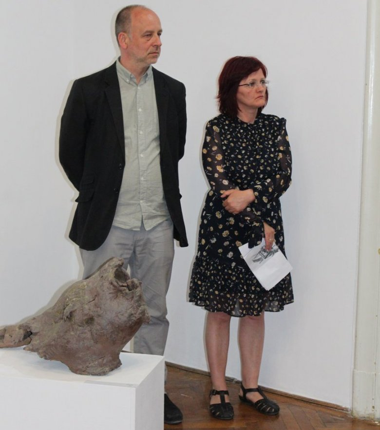 Pécsi képzőművészek részvételével nyílt időszakos kiállítás a Bánffy-palotában