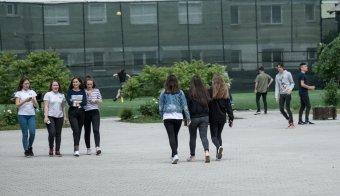 Magyar diákok végzete a román nyelv?