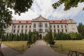 Vásárhelyi iskolaügy: Pașcan újraállamosítana, a katolikus egyház szerződést bonthat