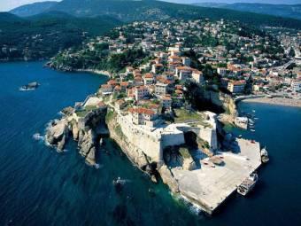 Összeomlott az egészségügyi rendszere, NATO- és EU-segítséget kér Montenegró