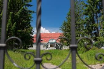 Életet lehelnek az erdélyi kastélyokba
