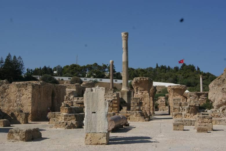 tunéziai helyszíni találkozón