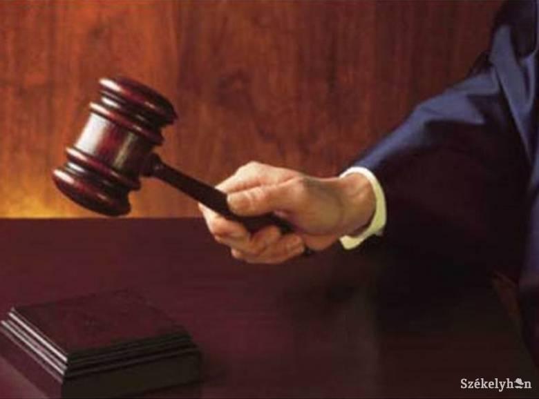 Tizenhat év fegyházra ítéltek emberölésért egy román férfit Kecskeméten