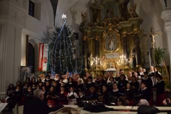 Karácsonyi ünnepi kóruskoncertet tartanak Gyergyószentmiklóson