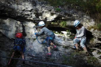 Látogathatóvá vált a Királyerdő-hegység tíz korábban lezárt barlangja