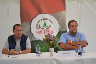 Polgári és néppárti elnökök egy asztalnál
