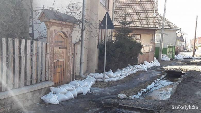 Csaknem ezer háztartást érintett az áradás Gyergyószéken