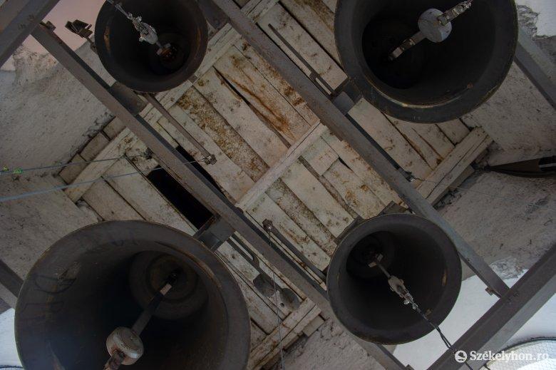 Százötven háromszéki templomban kondulnak meg a harangok