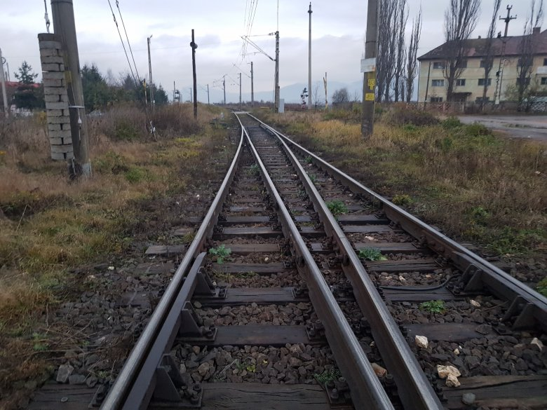 Kettévágott egy férfit a vonat, elképzelhető, hogy gyilkosság történt