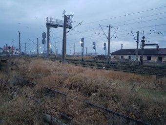 A román vasúthálózat fejlesztését sürgeti a karbonsemlegességre törekvő Daimler német autógyártó