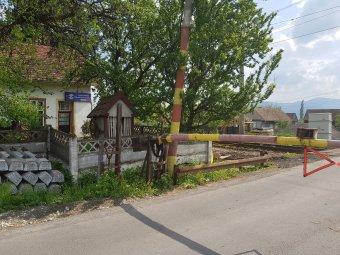 Korszerűsítési munkálatok miatt lezárják a tekerőpataki vasúti átkelőt