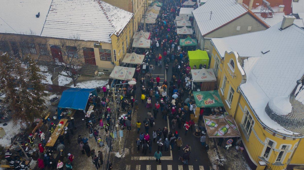 https://media.szekelyhon.ro/pictures/gyergyo/aktualis/2019/o_disznotoros_fesztival1-4-.jpg