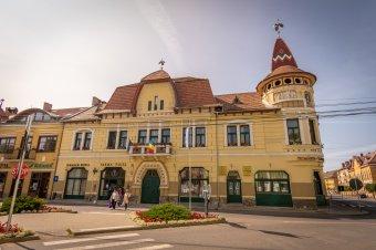 Megváltozott az ügyfélfogadás a gyergyószentmiklósi polgármesteri hivatalnál